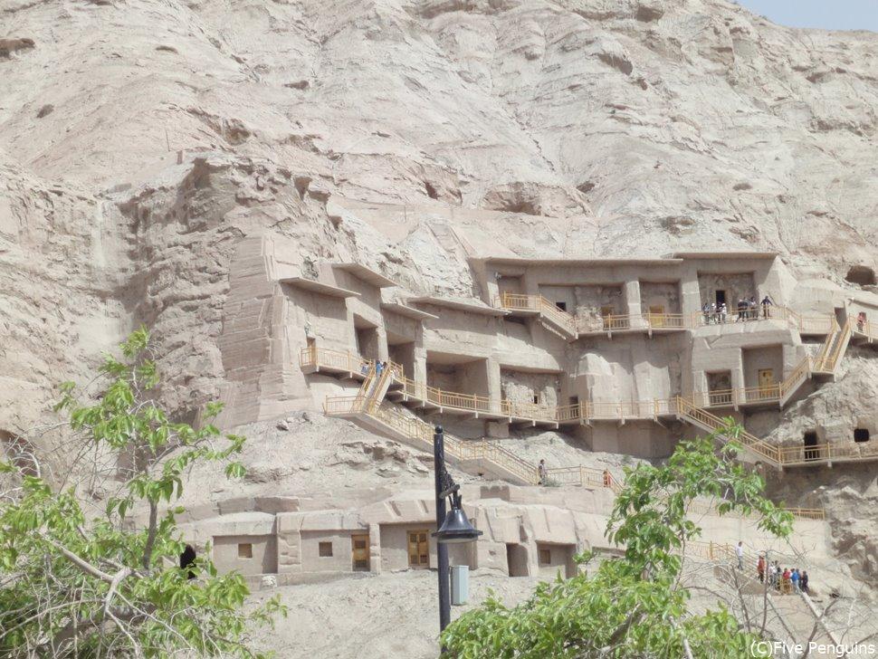 新疆ウイグル自治区で最大の石窟 キジル千仏洞