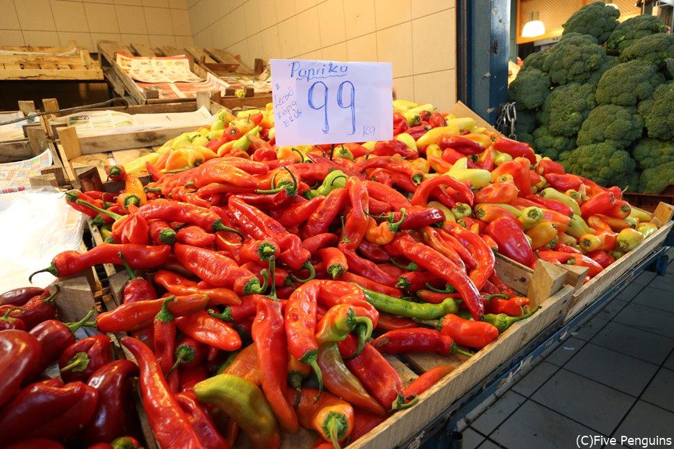 ハンガリーでは料理にパプリカを多用する