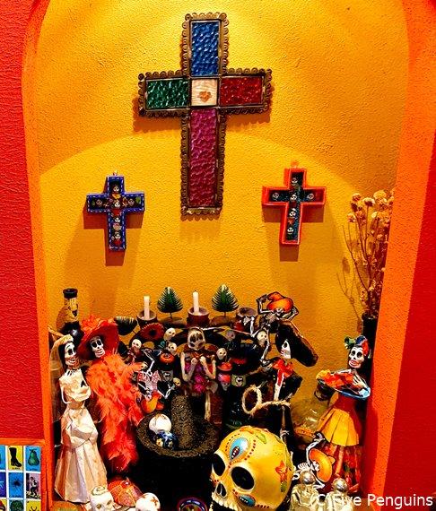 メキシコ料理店サルシータはカラフルな雑貨がいっぱい!